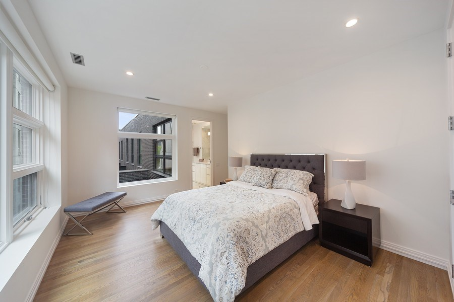 Real Estate Photography - 1011 N Dearborn St, Chicago, IL, 60610 - En-suite Bedroom (Top level)