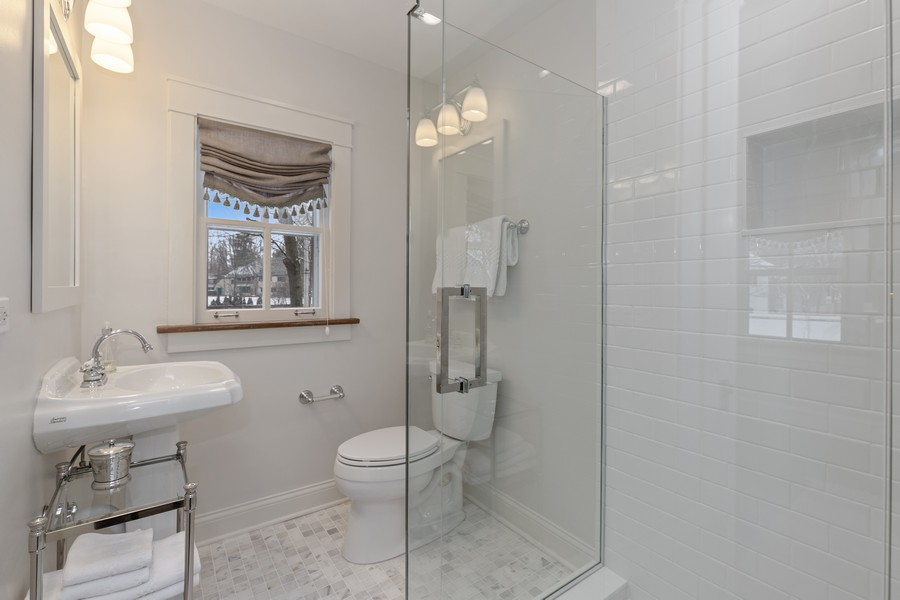 Real Estate Photography - 920 Church, Lake Forest, IL, 60045 - 2nd Bathroom