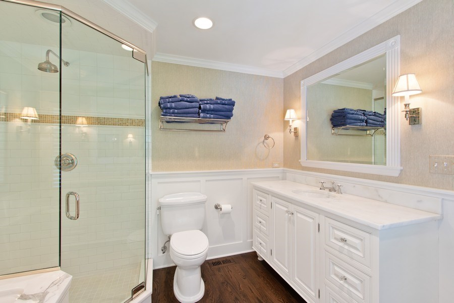 Real Estate Photography - 920 Church, Lake Forest, IL, 60045 - Master Bathroom