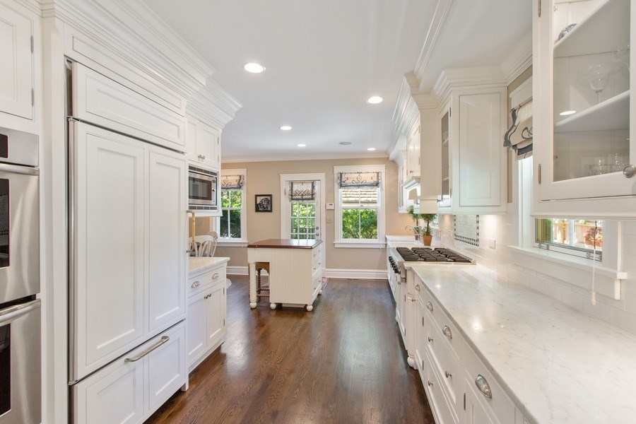 Real Estate Photography - 920 Church, Lake Forest, IL, 60045 - Kitchen