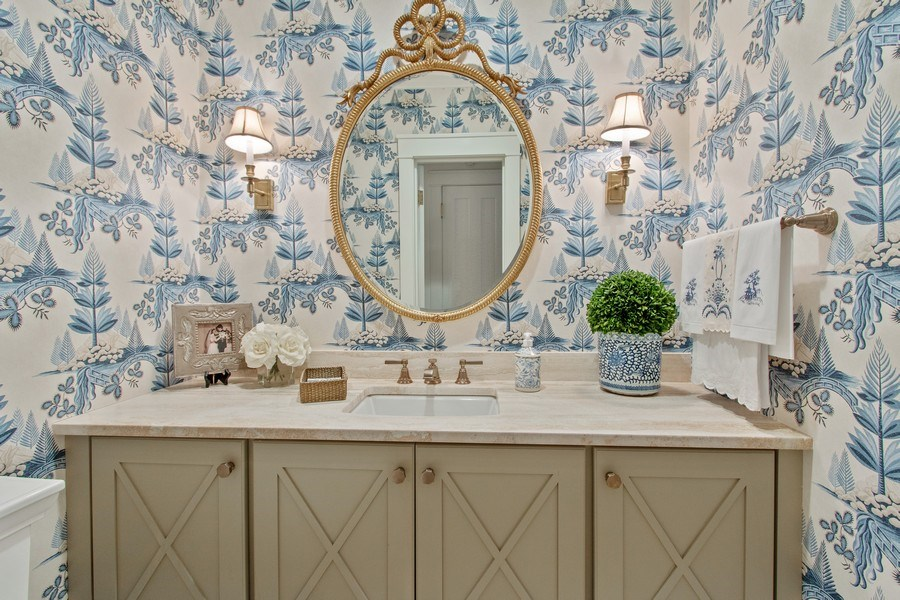 Real Estate Photography - 920 Church, Lake Forest, IL, 60045 - Powder Room