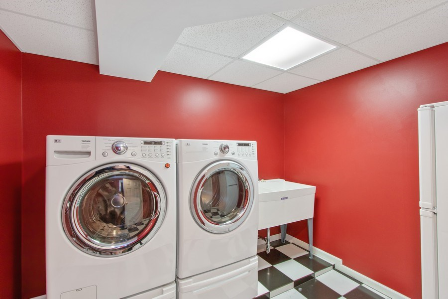 Real Estate Photography - 920 Church, Lake Forest, IL, 60045 - Laundry Room