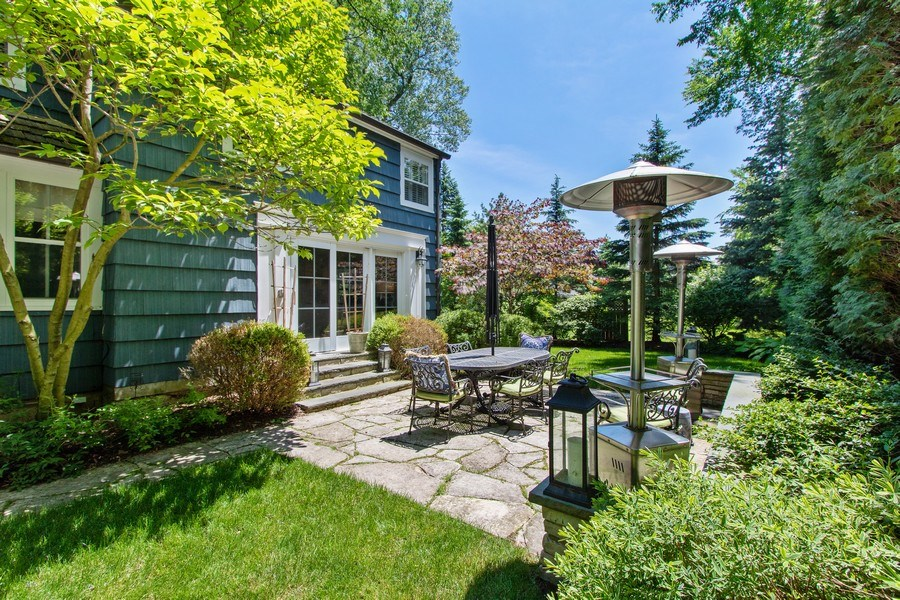 Real Estate Photography - 920 Church, Lake Forest, IL, 60045 - Patio