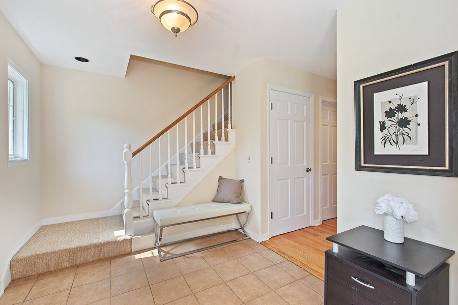 Real Estate Photography - 726 Lorraine, Highland Park, IL, 60035 - Foyer