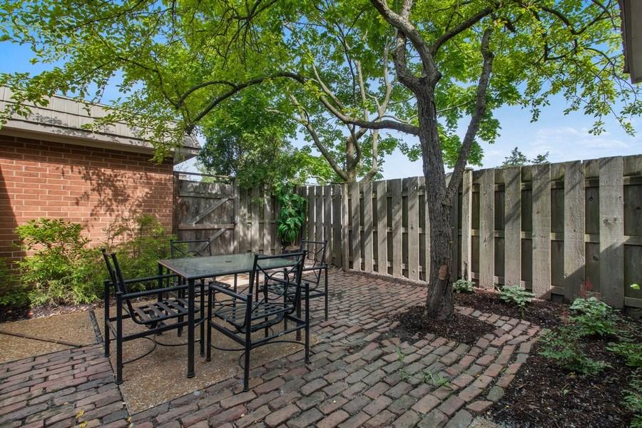 Real Estate Photography - 726 Lorraine, Highland Park, IL, 60035 - Patio