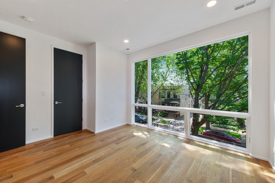 Real Estate Photography - 3917 N Marshfield Ave, Chicago, IL, 60613 - 2nd Bedroom
