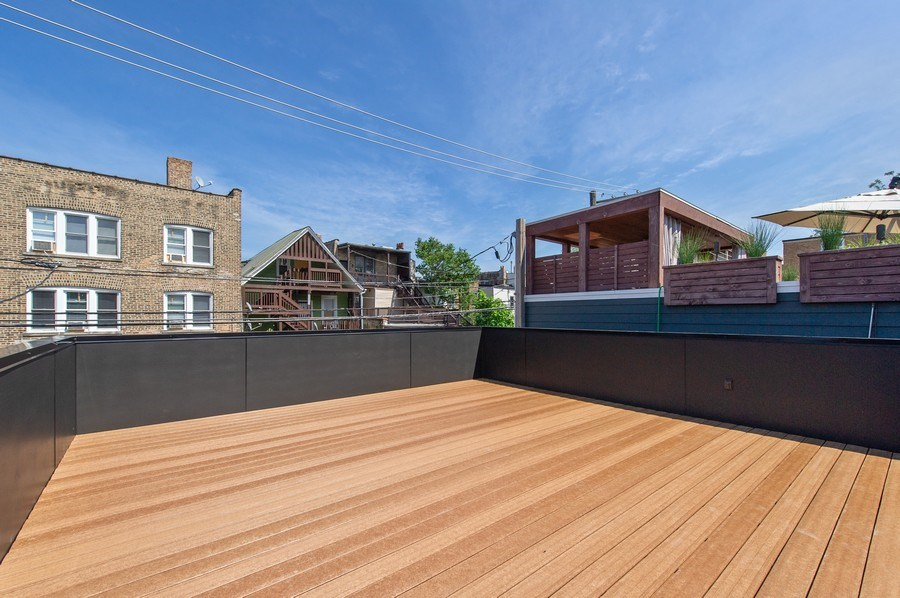Real Estate Photography - 3917 N Marshfield Ave, Chicago, IL, 60613 - Roof Deck
