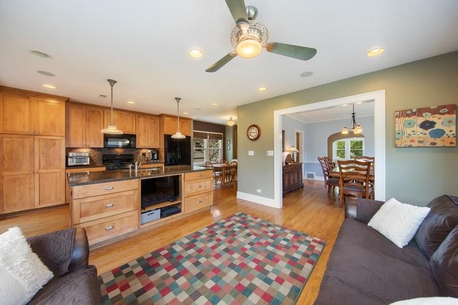 Real Estate Photography - 391 Shenshone, Riverside, IL, 60546 - Family Room