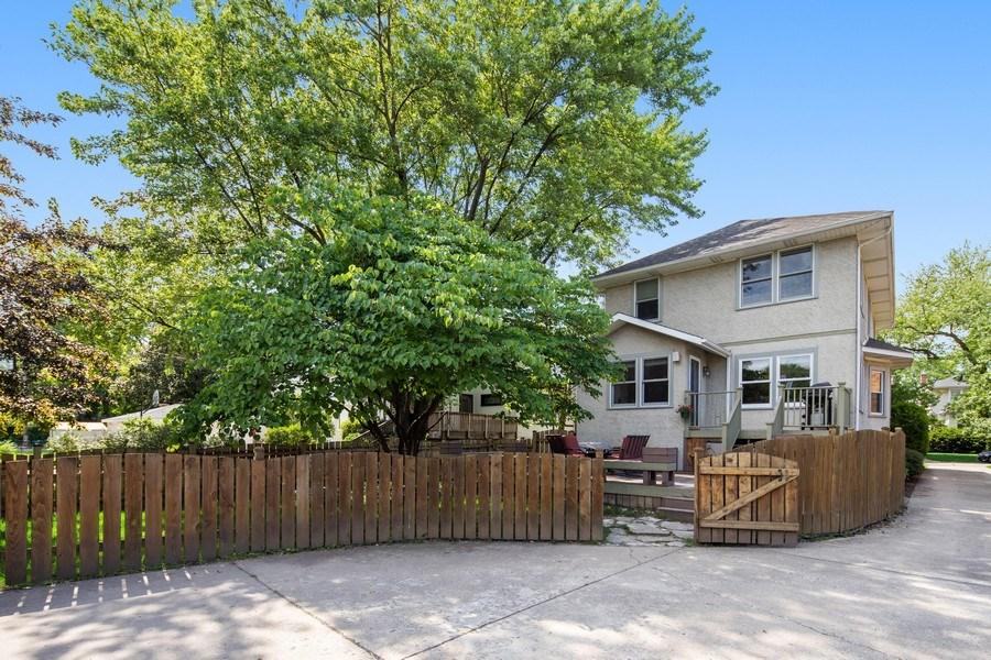 Real Estate Photography - 391 Shenshone, Riverside, IL, 60546 - Rear View