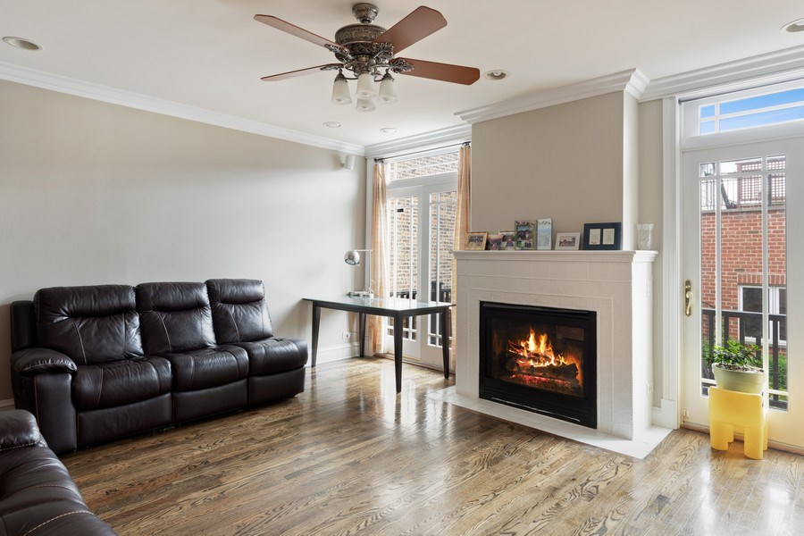 Real Estate Photography - 3702 N Bell, Chicago, IL, 60618 - Family Room