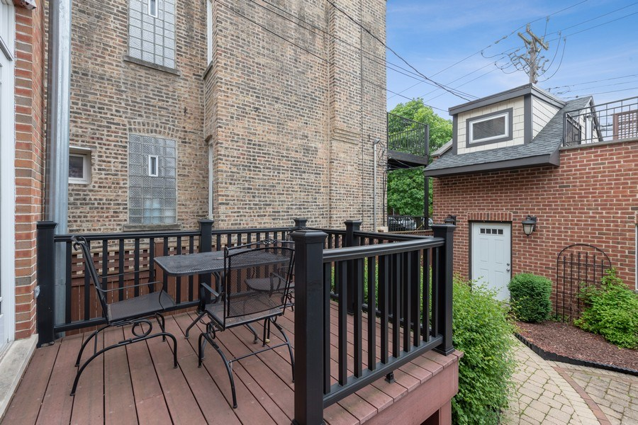 Real Estate Photography - 3702 N Bell, Chicago, IL, 60618 - Deck