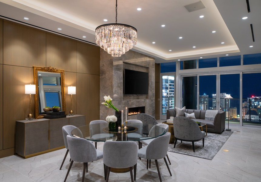 Real Estate Photography - 1140 N Wells, PH, Chicago, IL, 60610 - Formal Dining