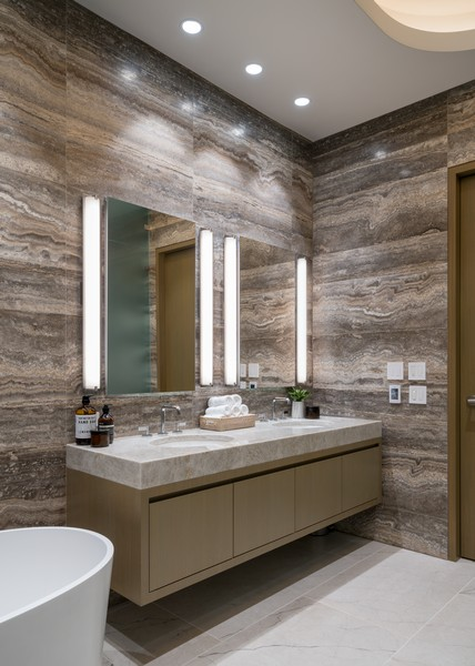 Real Estate Photography - 1140 N Wells, PH, Chicago, IL, 60610 - Master Bath