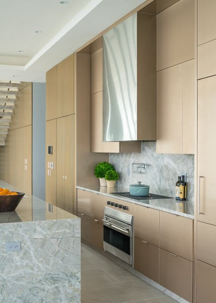Real Estate Photography - 1140 N Wells, PH, Chicago, IL, 60610 - Kitchen