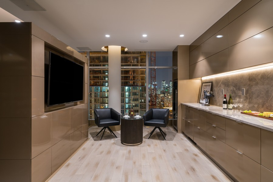 Real Estate Photography - 1140 N Wells, PH, Chicago, IL, 60610 - Lounge/Bar Area