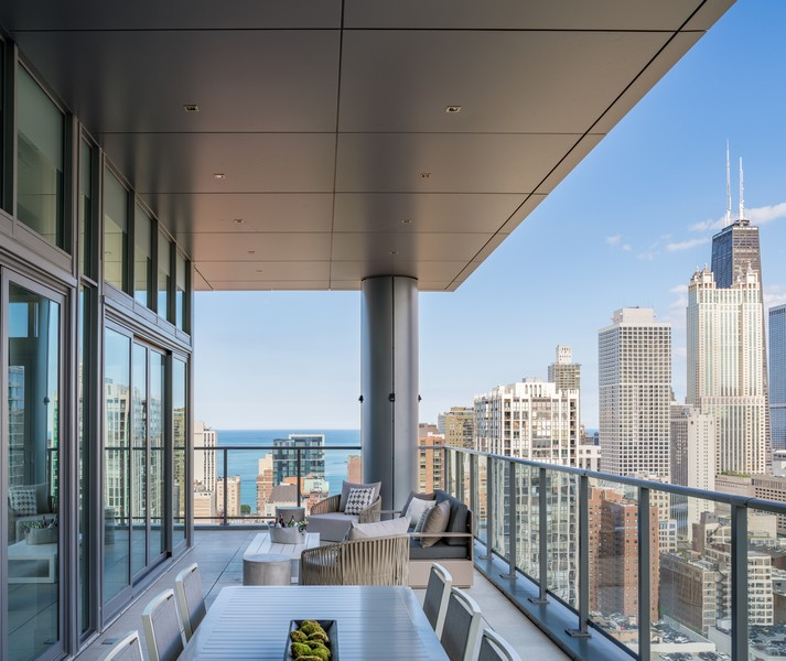 Real Estate Photography - 1140 N Wells, PH, Chicago, IL, 60610 - South Private Terrace