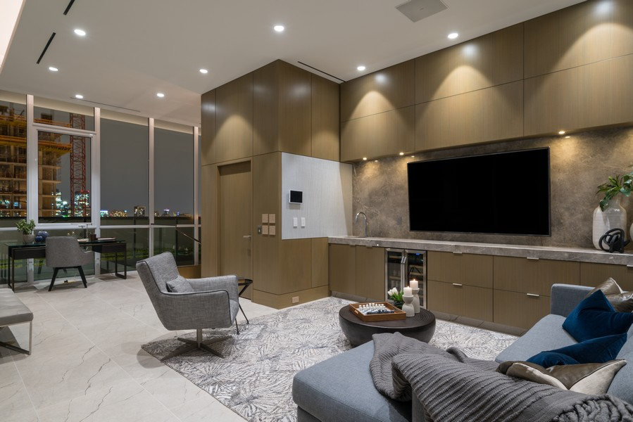Real Estate Photography - 1140 N Wells, PH, Chicago, IL, 60610 - Lounge
