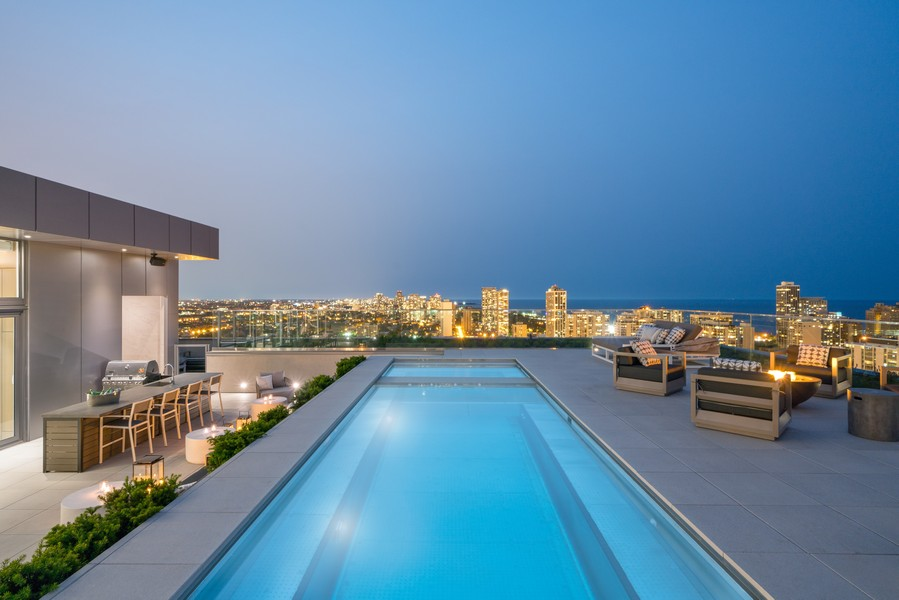 Real Estate Photography - 1140 N Wells, PH, Chicago, IL, 60610 - Private Pool and Hot Tub