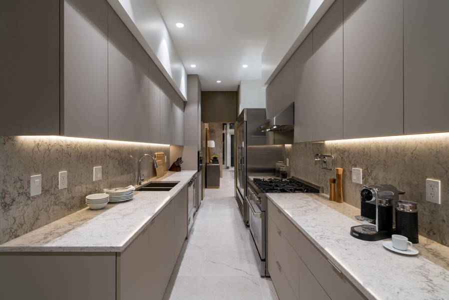 Real Estate Photography - 1140 N Wells, PH, Chicago, IL, 60610 - Prep Kitchen