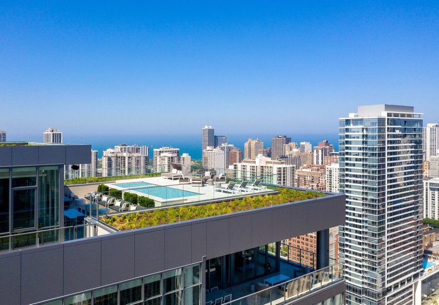 Real Estate Photography - 1140 N Wells, PH, Chicago, IL, 60610 - Penthouse Exterior