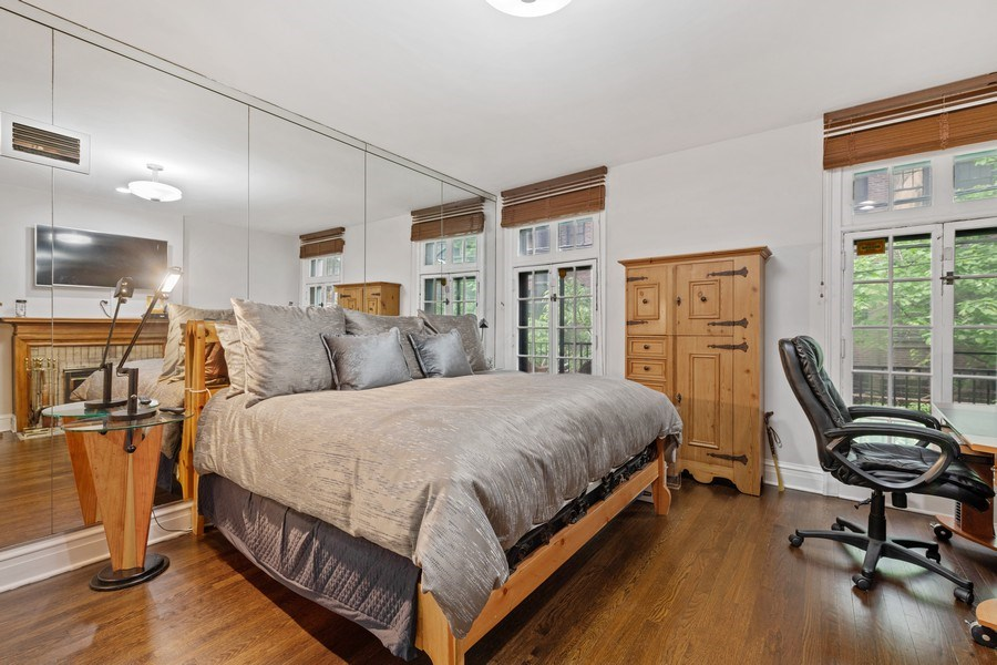 Real Estate Photography - 31 E Elm, 1B, Chicago, IL, 60611 - Master Bedroom