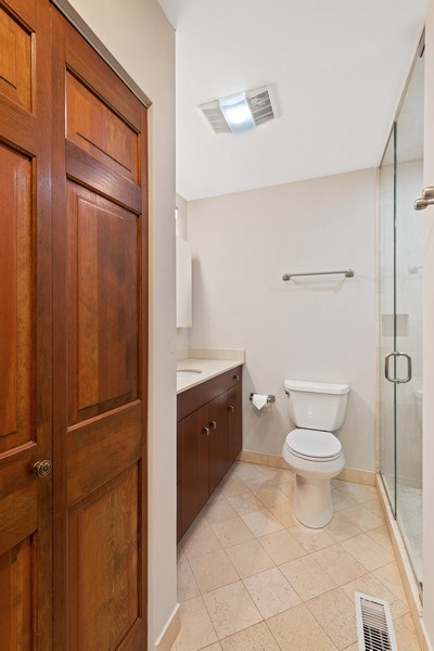 Real Estate Photography - 31 E Elm, 1B, Chicago, IL, 60611 - Master bathroom