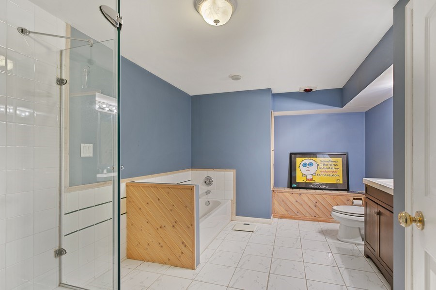 Real Estate Photography - 1140 Hillside Ave, Antioch, IL, 60002 - 2nd Bathroom