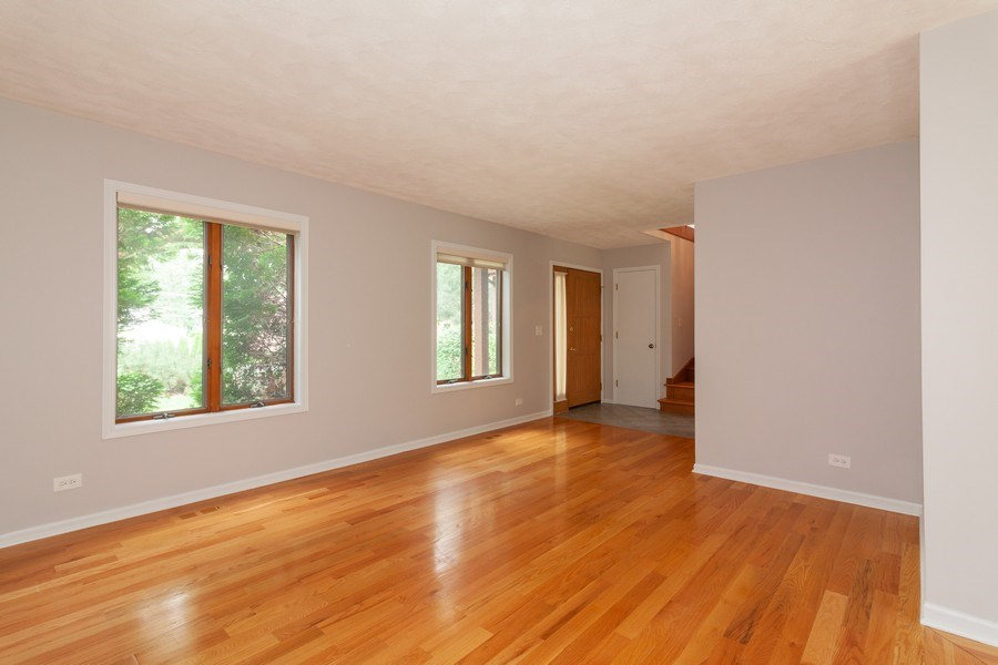 Real Estate Photography - 236 N. Hickory, Bartlett, IL, 60103 - Living Room