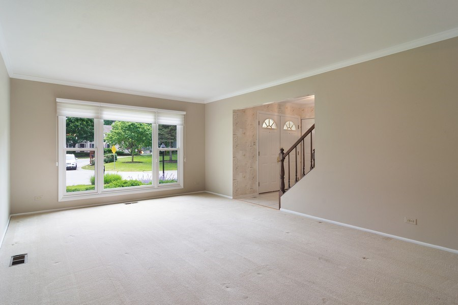 Real Estate Photography - 990 Commonwealth Ct, Barrington, IL, 60010 - Living Room