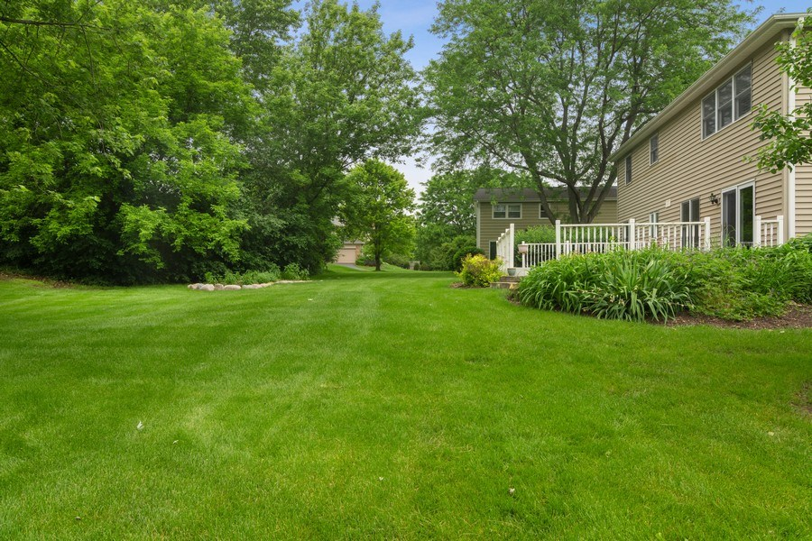 Real Estate Photography - 990 Commonwealth Ct, Barrington, IL, 60010 - Back Yard