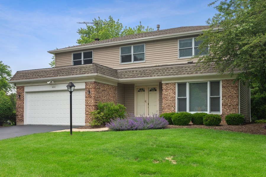 Real Estate Photography - 990 Commonwealth Ct, Barrington, IL, 60010 - Front View