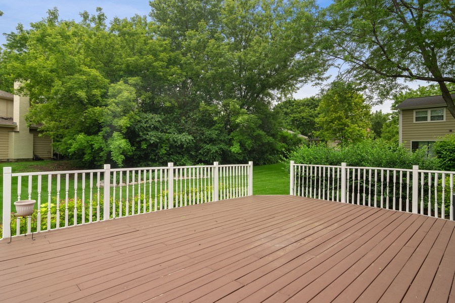 Real Estate Photography - 990 Commonwealth Ct, Barrington, IL, 60010 - Deck