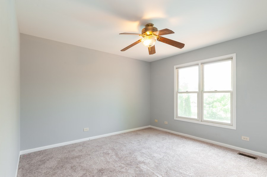 Real Estate Photography - 711 Wood Creek Court, Island Lake, IL, 60042 - 2nd Bedroom 2nd Level