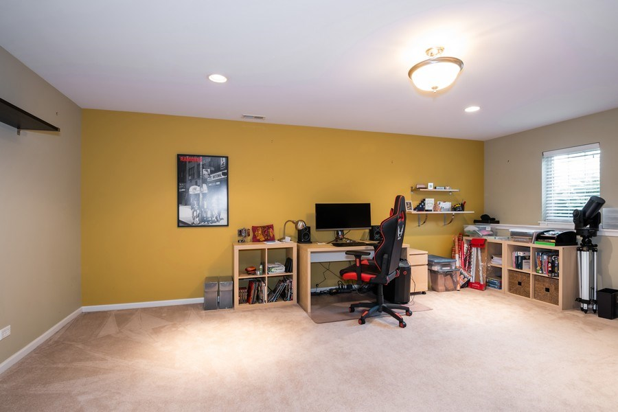 Real Estate Photography - 192 Sype Dr #192, Carol Stream, IL, 60188 - Recreational Room