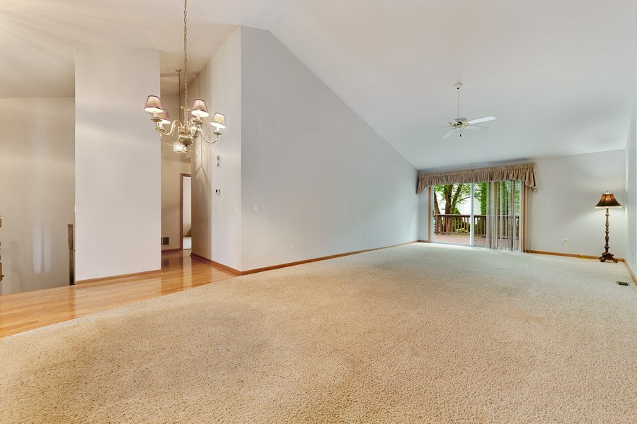 Real Estate Photography - 21323 W Redwood Dr, Plainfield, IL, 60544 - Dining Room