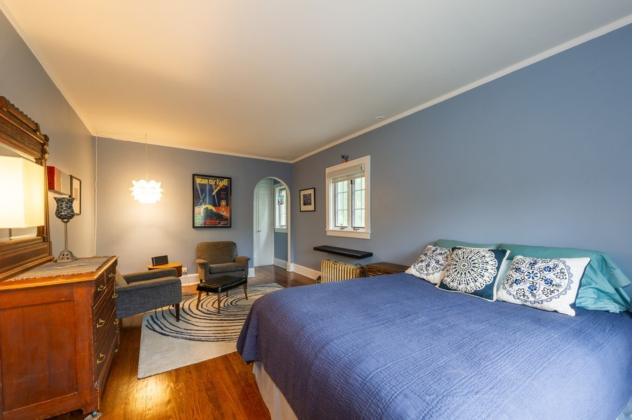 Real Estate Photography - 2341 Lincolnwood, Evanston, IL, 60201 - Master Bedroom