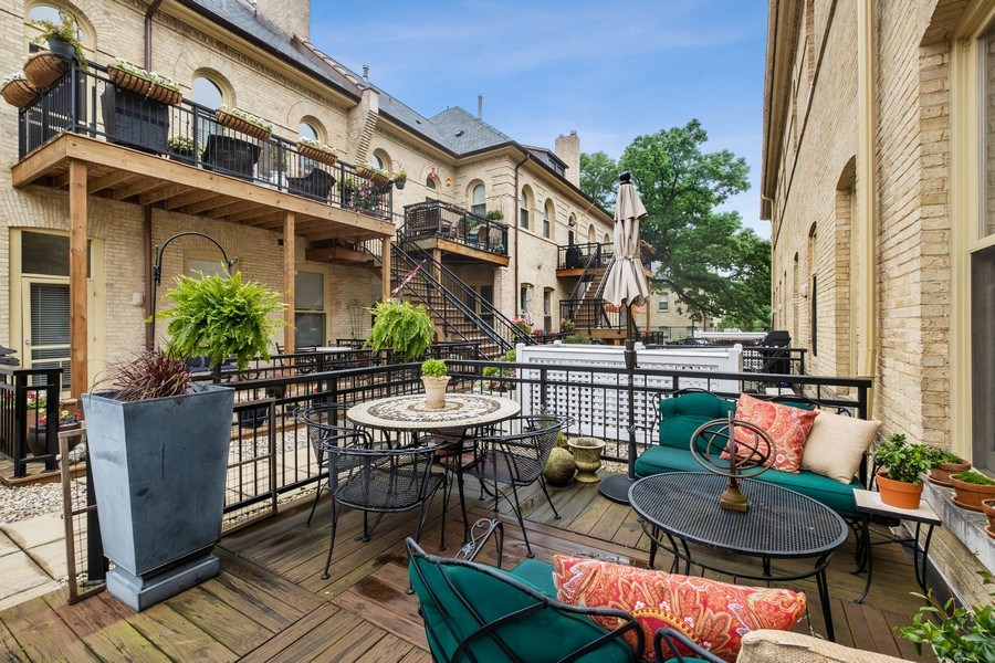 Real Estate Photography - 165 Whistler, Highland Park, IL, 60035 - Patio
