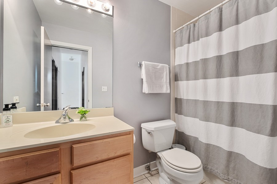 Real Estate Photography - 165 Whistler, Highland Park, IL, 60035 - 2nd Bathroom