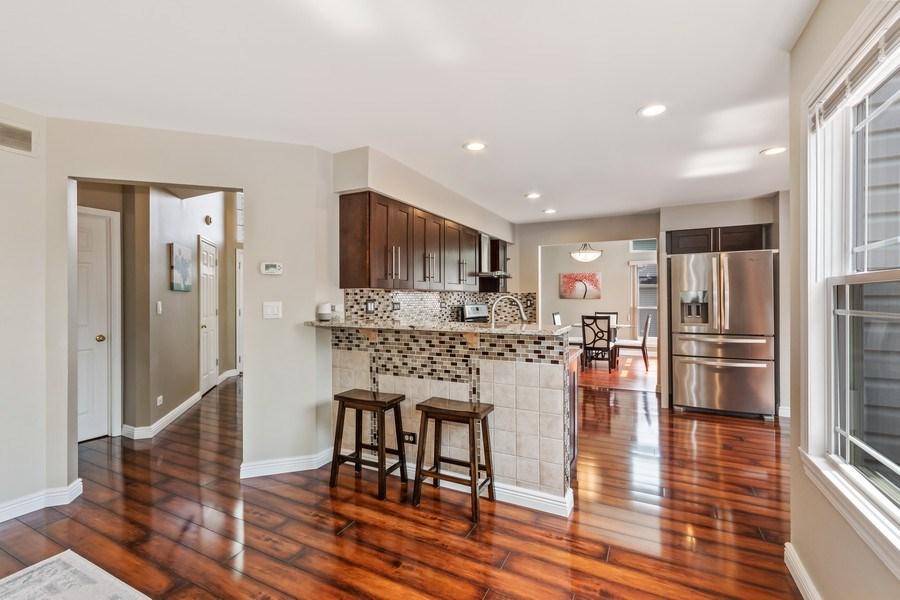 Real Estate Photography - 331 Sundance Drive, Bartlett, IL, 60103 - Kitchen