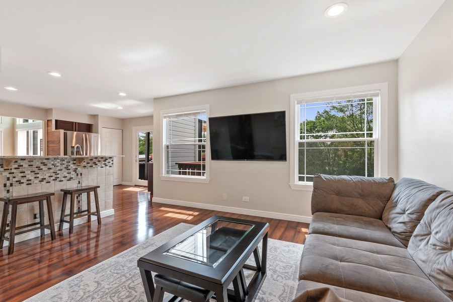 Real Estate Photography - 331 Sundance Drive, Bartlett, IL, 60103 - Family Room