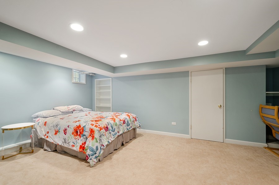 Real Estate Photography - 2417 Thayer Street, Evanston, IL, 60201 - Office/Guest Room