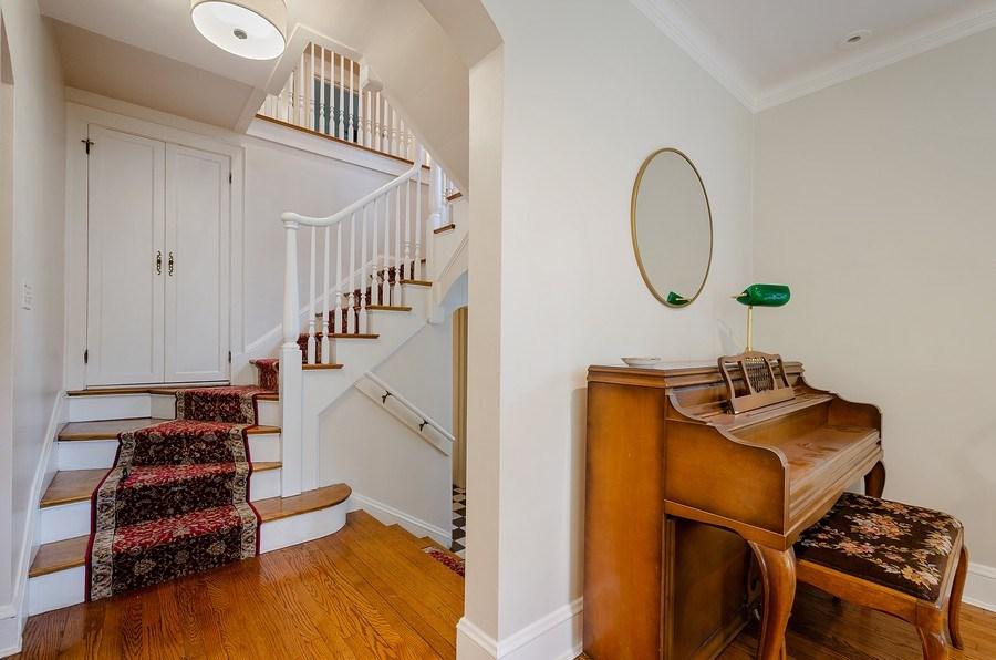 Real Estate Photography - 2417 Thayer Street, Evanston, IL, 60201 - Foyer