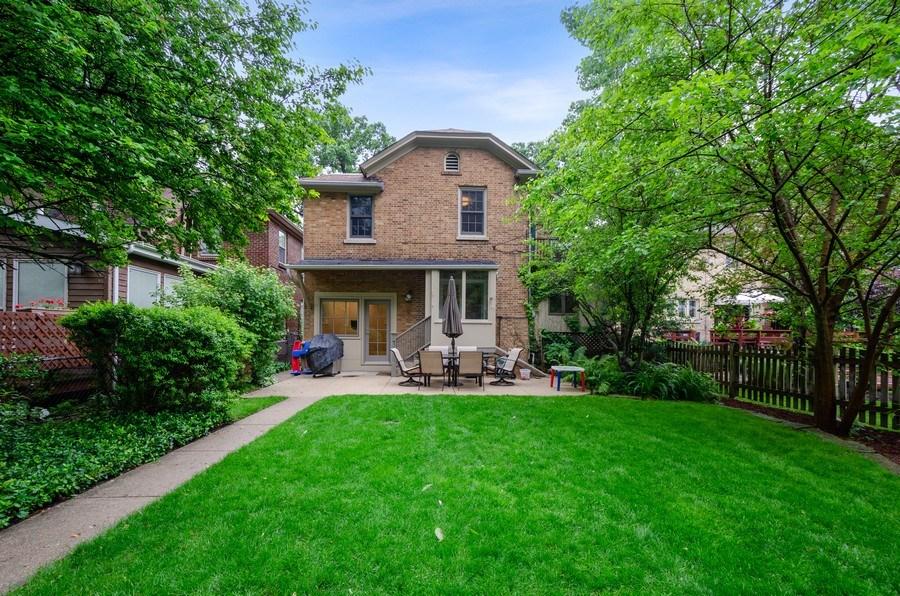Real Estate Photography - 2417 Thayer Street, Evanston, IL, 60201 - Rear View