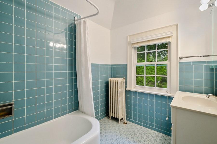 Real Estate Photography - 2417 Thayer Street, Evanston, IL, 60201 - 2nd Bathroom