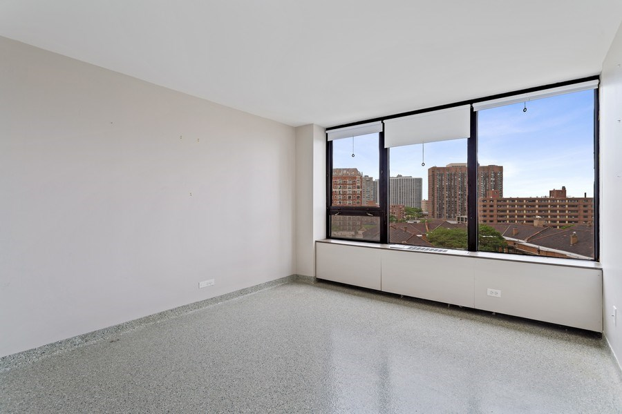 Real Estate Photography - 3930 Pine Grove, #907, Chicago, IL, 60613 - Bedroom