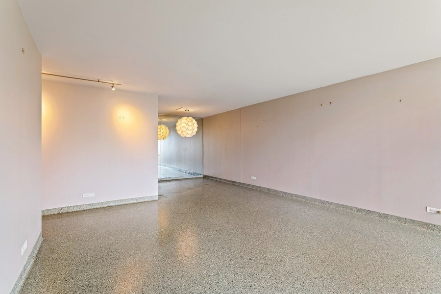 Real Estate Photography - 3930 Pine Grove, #907, Chicago, IL, 60613 - Living Room / Dining Room