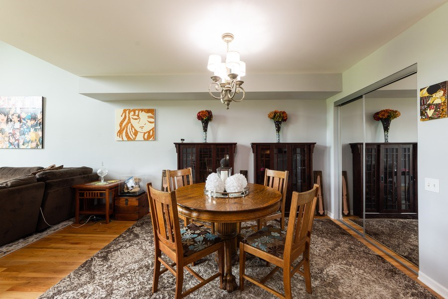 Real Estate Photography - 600 W Russell, Barrington, IL, 60010 - Dining Room
