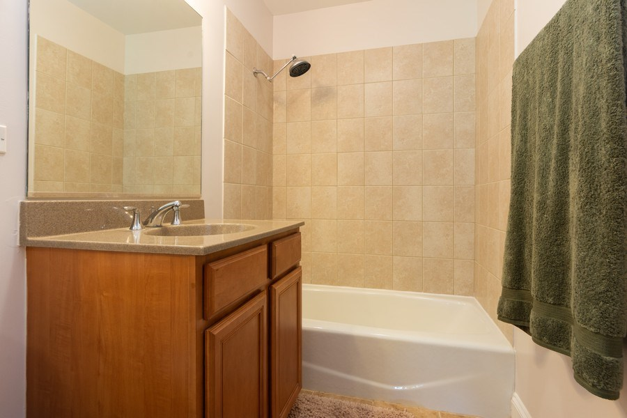 Real Estate Photography - 600 W Russell, Barrington, IL, 60010 - 2nd Bathroom