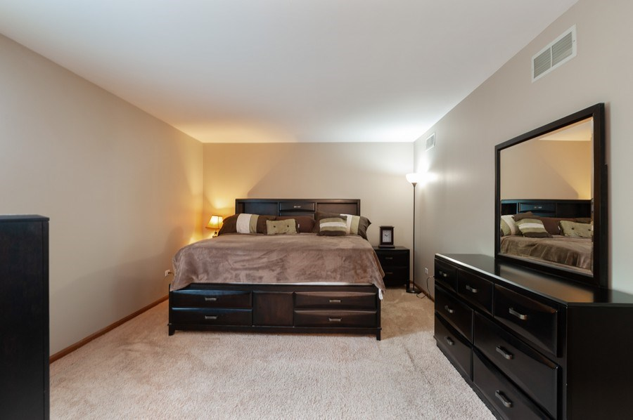 Real Estate Photography - 891 Catherine Ct, Grayslake, IL, 60030 - 2nd Bedroom