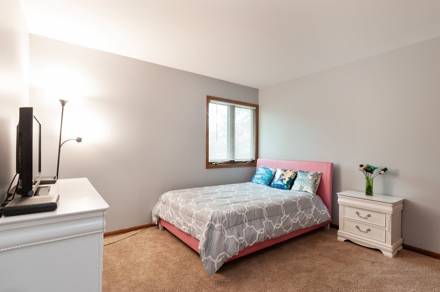 Real Estate Photography - 891 Catherine Ct, Grayslake, IL, 60030 - 3rd Bedroom